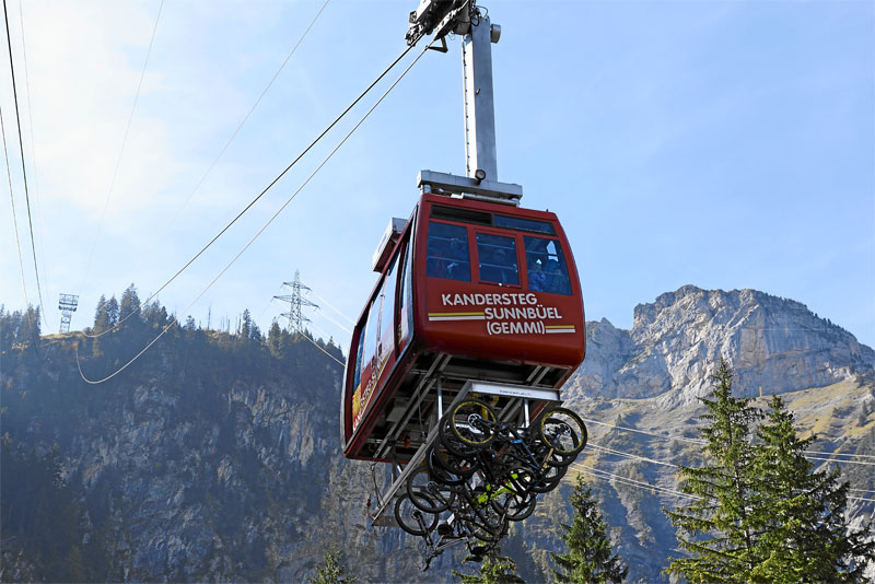 Sunnbuel cable car, near Kandersteg