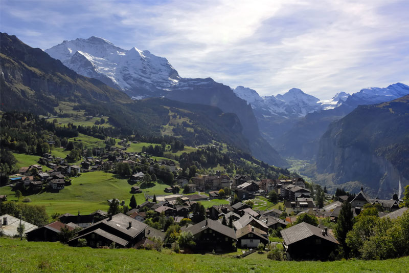 View over Wengen