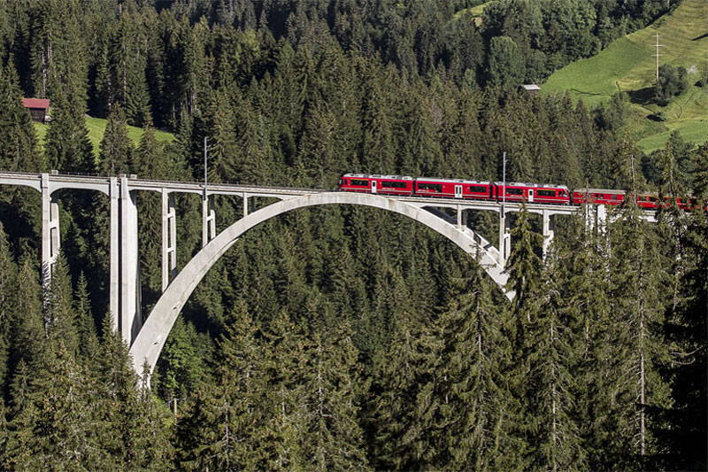 Langwieser viaduct on the Arosa Line
