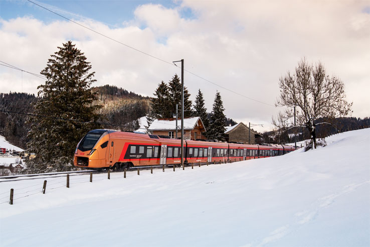 Treno Gottardo in winter