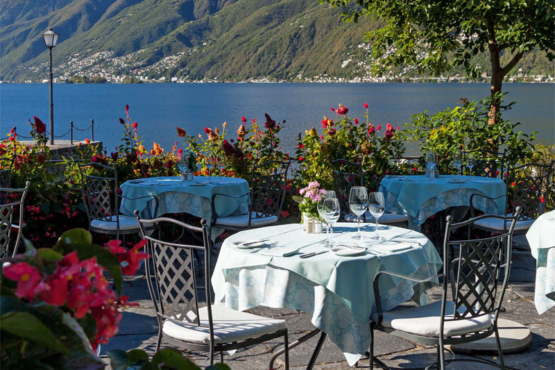 Dining with a view of the lake