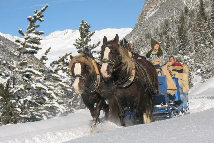 Scuol horse & carriage ride