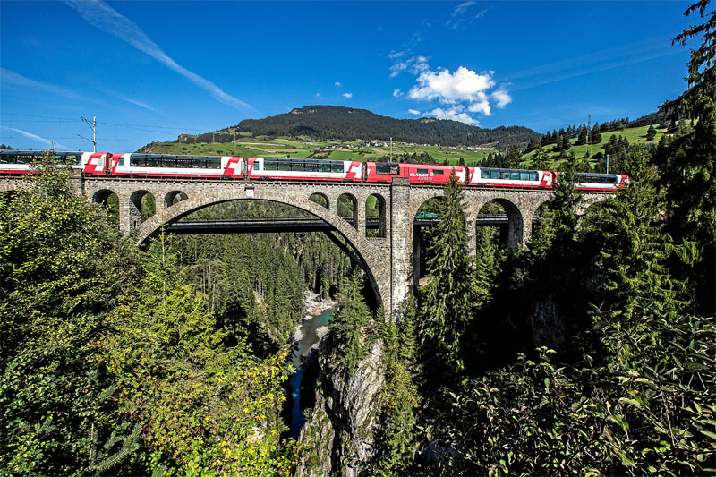 Glacier Express on the Solis Viaduct